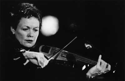 2001-Laurie-Anderson